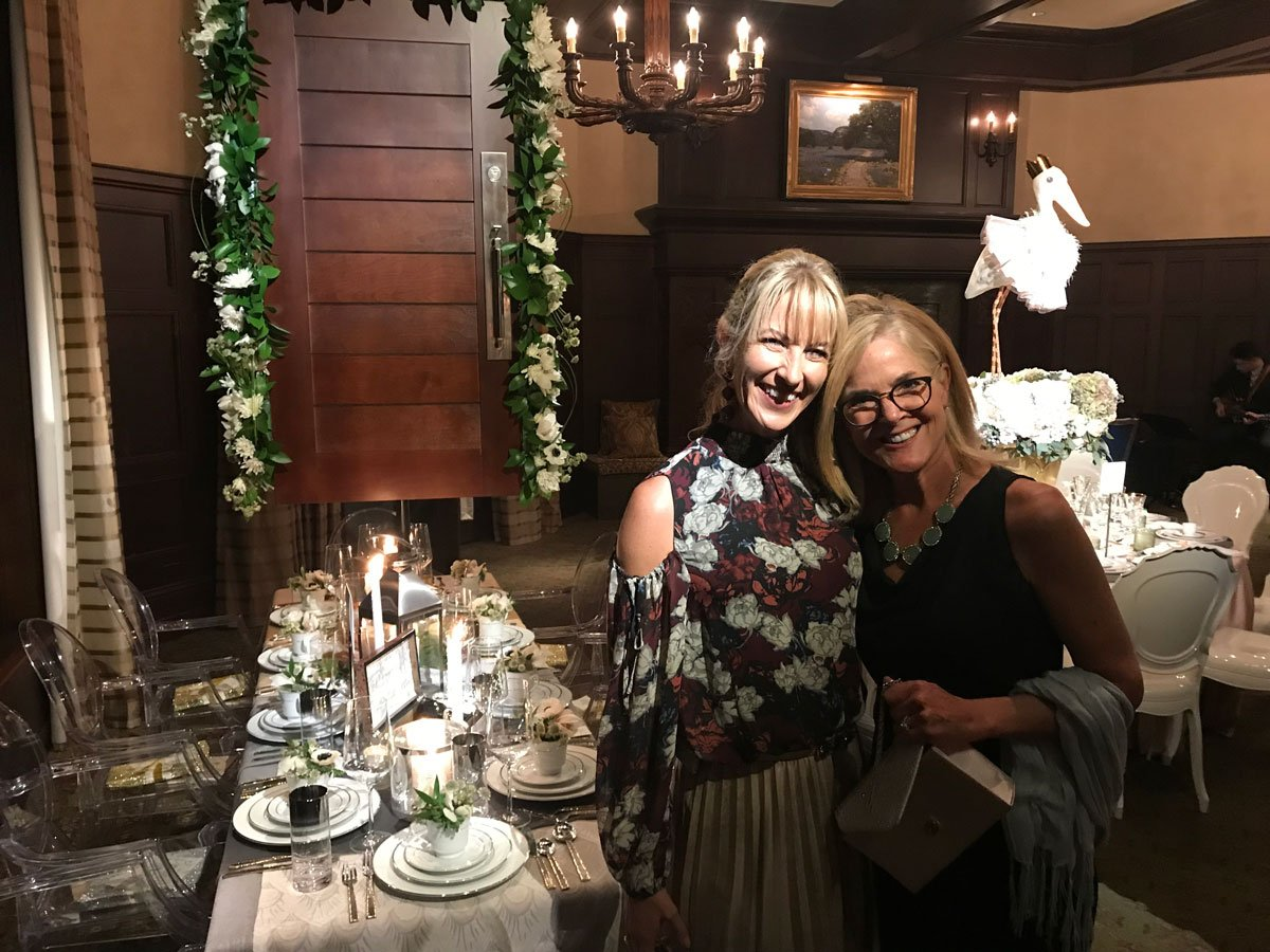 Read more about the article 2017 Tablescapes Presentation