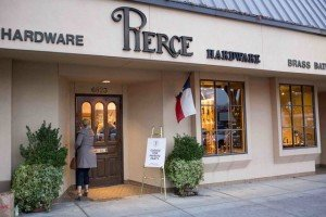 Read more about the article Pierce Hardware Opens New Showroom for Park Cities