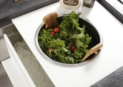Salad-chilling-with-Ice-Divider-Accessory